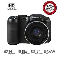 "Fujifilm FinePix S2980 14MP 18x Optik Zoom 3"" LCD EVF HD Video Dijital Fotoğraf Makinesi (Elektronik Vizör + Full Manuel Çekim İmkanı)"