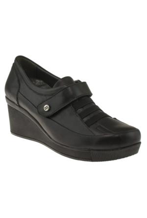 Kawest 620Y646 Tek Cirt Bantli Siyah Kadın Ayakkabı