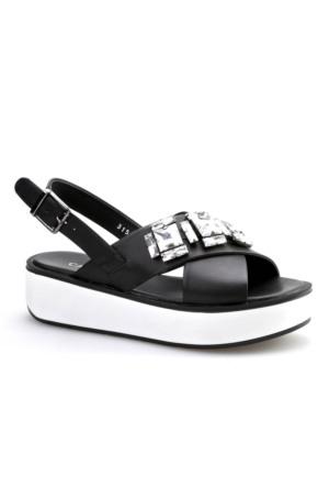 Cabani Taş Süslemeli Günlük Kadın Sandalet Siyah Deri
