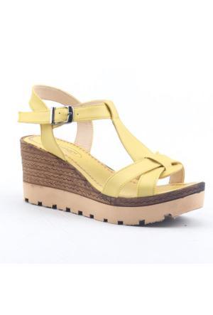 Armoni 101 Hafif Ortopedik 7Cm Dolgu Topuk Kadın Günlük Sandalet