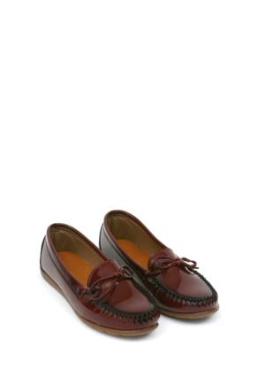 Zerrin Ayakkabı Bordo Rugan Tek İğne Kadın Ayakkabı-112991
