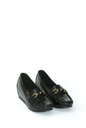 Zerrin Ayakkabı Siyah Rugan Taşlı Toka Kadın Ayakkabı-190571