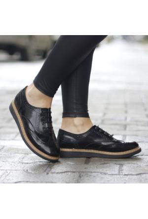 İnce Topuk Oxford Bağcıklı Ayakkabı