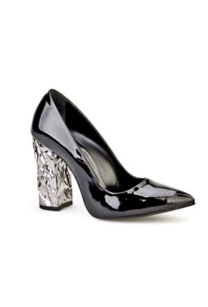 Cabani Stilletto Klasik Kadın Ayakkabı Siyah Rugan
