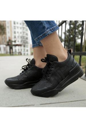 İnce Topuk Siyah Simli Simli Spor Ayakkabı