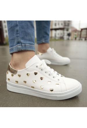 İnce Topuk Beyaz Bağcıklı Spor Ayakkabı