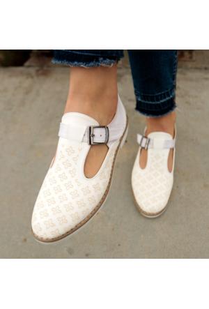 İnce Topuk Beyaz Oxford Ayakkabı