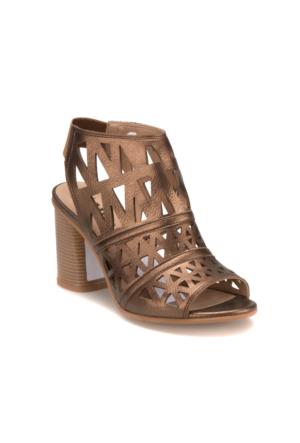 Miss F DS17011 Altın Kadın 402 Sandalet