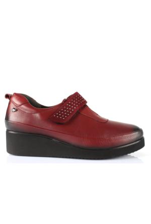 İloz 410026 Bordo Hakiki Deri Anatomik Taban Bayan Ayakkabı