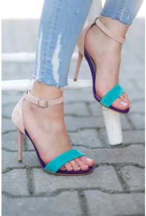 İnce Topuk Tek Bantlı Topuklu Sandalet