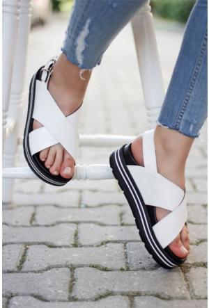 İnce Topuk Çapraz Bant Sandalet 7YAZA0289118