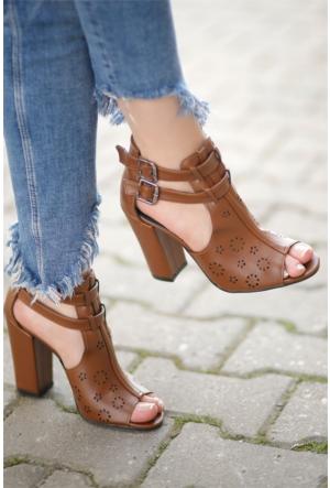 İnce Topuk Lazer Kesim Topuklu Ayakkabı 7YAZA0313014
