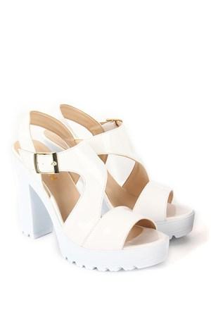 Gön Kadın Sandalet 36132 Beyaz Rugan