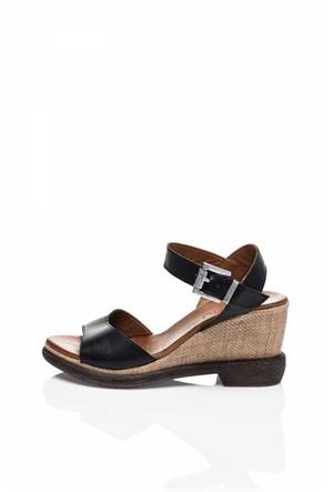 Bueno Siyah Taşlı Deri Topuklu Kadın Sandalet