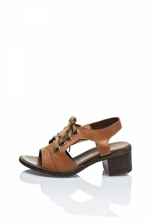 Bueno Kahverengi Bağcıklı Deri Sandalet