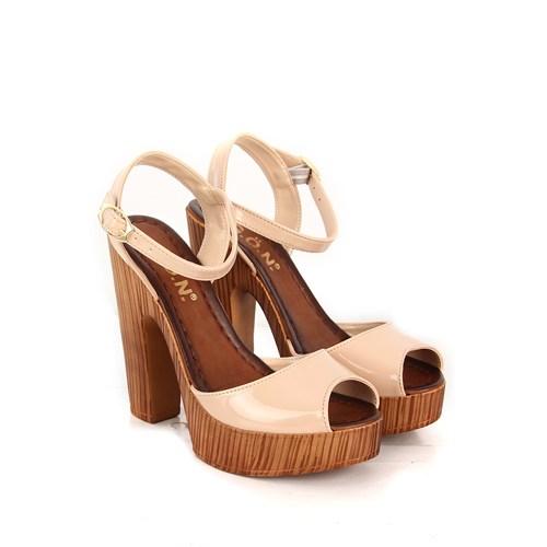 Gön Kadın Sandalet 53481 Pudra Rugan