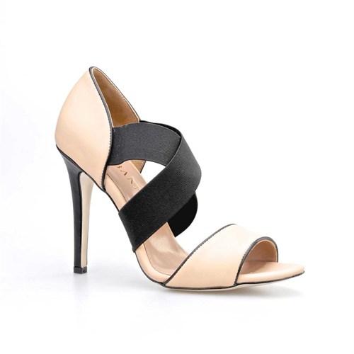 Cabani Lastikli Günlük Kadın Ayakkabı Pembe Deri