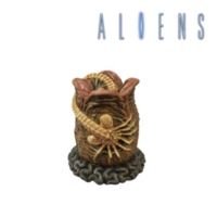 Diamond Select Alien Egg With Facehugger Bank Kumbara