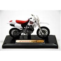 Honda Xr400r 1:18 Diecast Beyaz Motorsiklet (Motormax)