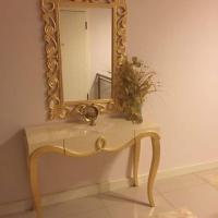 Zengin Aksesuar Kabartmalı Altın Varaklı Ahşap Dresuar Ayna Takımı
