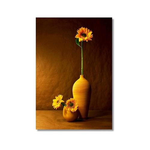 Tictac Vazodaki Çiçek 3 Kanvas Tablo - 50X75 Cm