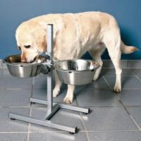 Trixie Ayaklı Köpek Mama Ve Su Kabı 2 X 2,8 Lt - 24 Cm