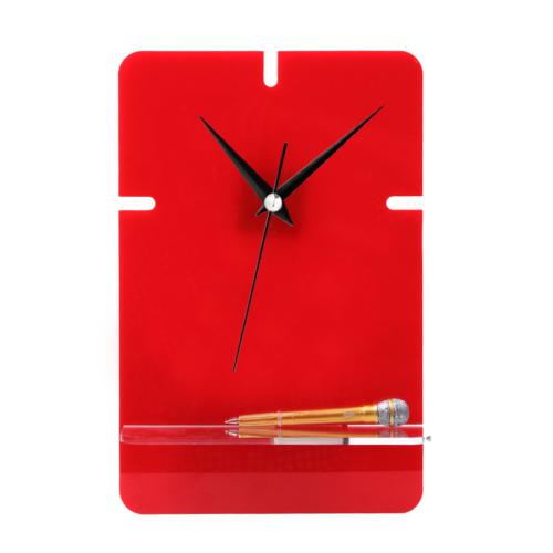 Evmanya Pleksi Saat Kırmızı