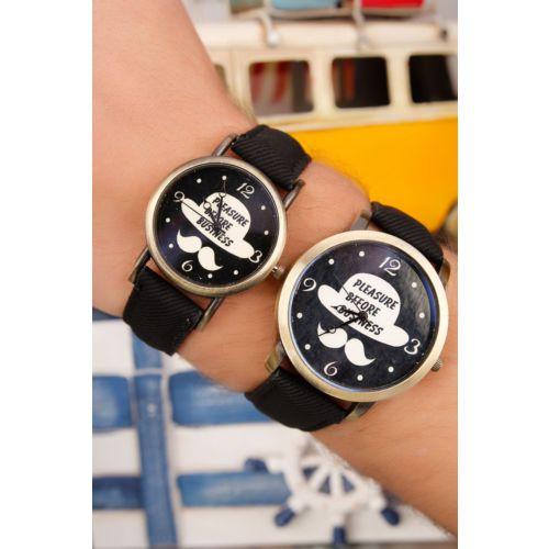 Siyah Kot Deri Kordonlu İç Detayı Şapka Bıyık Figürlü Sevgili Saati