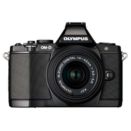 """Olympus OM-D E-M5 + 14-42 mm (28-84mm 35mm Dengi) Lens Kit 16 MP 3"""" Ekran Aynasız Kompakt SLR Fotoğraf Makinesi"""