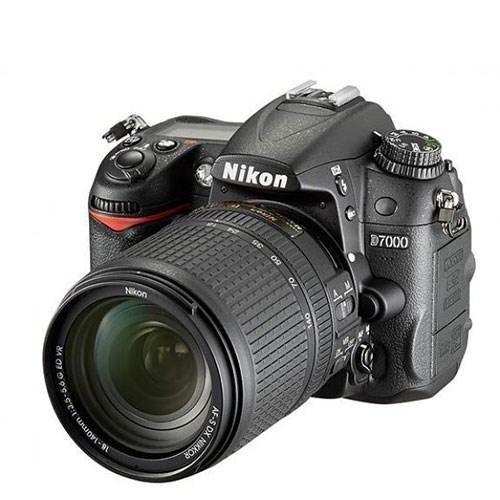 Nikon D7000 + 18-140 Mm Lens Fotoğraf Makinesi (İthalatçı Garantili)