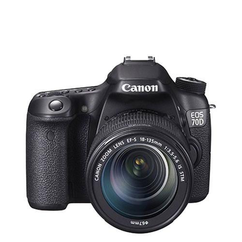 Canon 70D + 18-135 Mm Is Stm Fotoğraf Makinesi (İthalatçı Garantili)