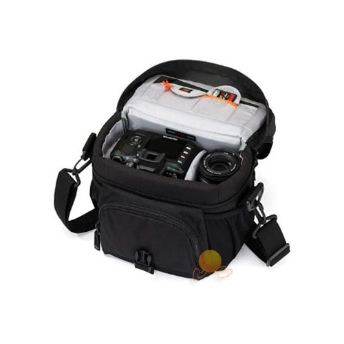 Компактная, но вместе с этим, очень удобная сумка Nova 160 AW имеет...