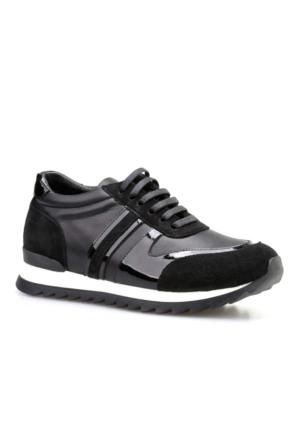 Cabani Bağcıklı Günlük Kadın Ayakkabı Siyah Süet