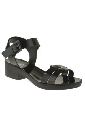 Yees 247 332Z Siyah Sandalet