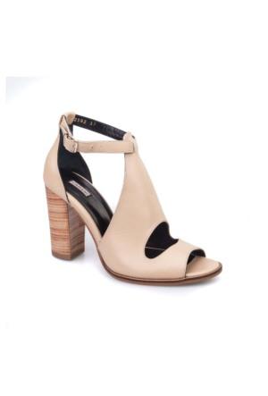 Cabani Yandan Tokalı Günlük Kadın Ayakkabı Pembe Deri