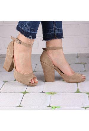 İnce Topuk Bej Süet Kalın Topuklu Burnu Açık Ayakkabı