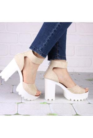 İnce Topuk Bej Kalın Topuklu Ayakkabı