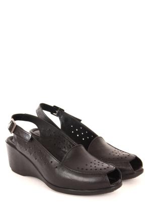 Gön Deri Kadın Sandalet 45212