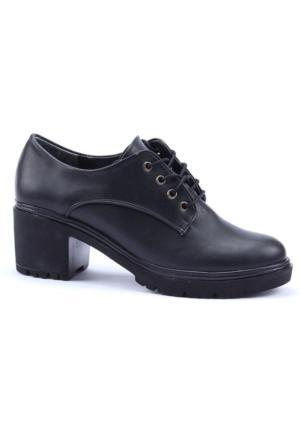 Altın Ayak Cilt Topuklu Ayakkabı