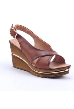 Perim 708 Günlük 8 Cm Dolgu Taban Kadın Topuklu Sandalet