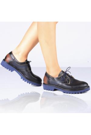 İnce Topuk Siyah Oxford Ayakkabı