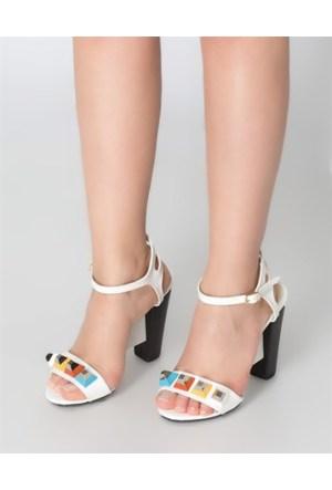 Mizu Beyaz İnce Bantlı Trok Detaylı Topuklu Ayakkabı