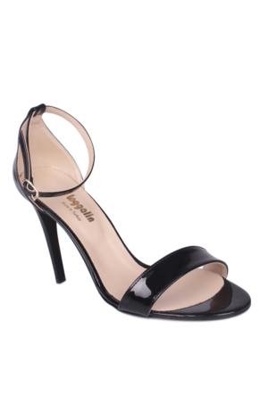 Loggalin 520003 031 020 Kadın Siyah Sandalet