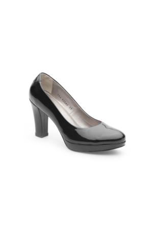 Pedro Camino Kadın Klasik Ayakkabı 80580 Siyah Rugan