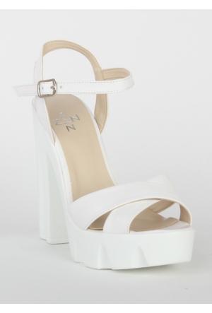 Markazen Bantlı Topuklu Ayakkabı - Beyaz
