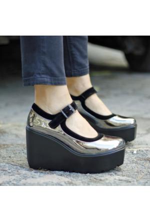 İnce Topuk Platin Dolgu Topuk Ayakkabı