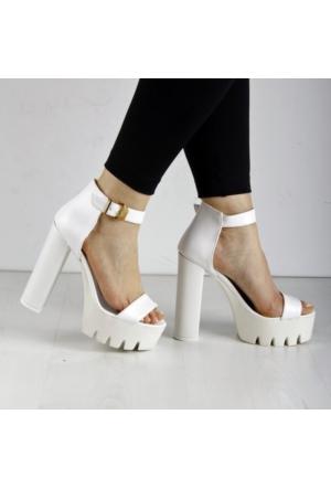 İnce Topuk Beyaz Platform Ayakkabı