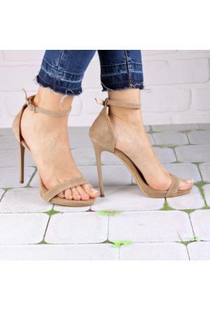 İnce Topuk Bej Süet İnce Bantlı Topuklu Ayakkabı