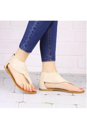İnce Topuk Bej Parmak Arası Sandalet