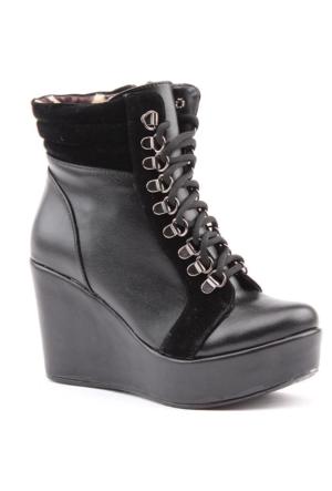 Siber 7154 Günlük Dolgu Topuk Termo Taban 9 cm Bayan Bot Ayakkabı